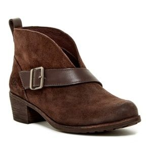 Ugg Wright Belted Brown Suede Boots